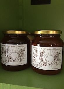 Honing van imker Mari van Iersel Udenhout